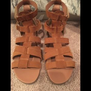 Steve Madden rust suede sandals